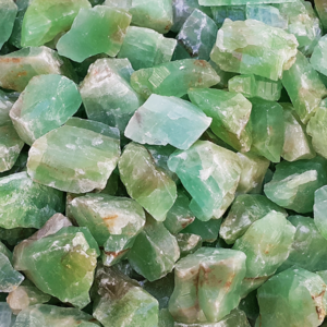calcite,emerald,rough